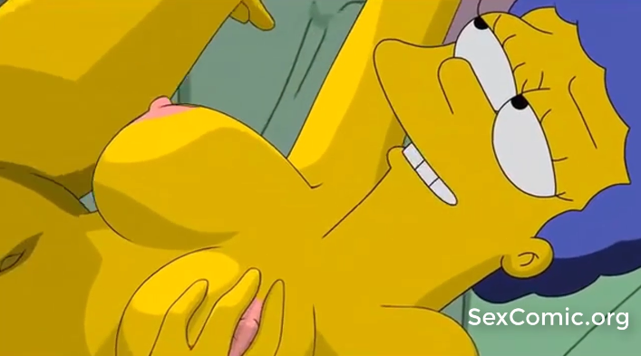 Los Simpsons xxx Homero penetrando a March mostrando las tetas